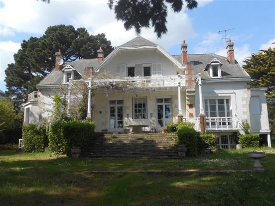 Vente Propriete Pornic Magnifique Villa Balneaire Face Mer Nord Loire Transaction Bord De L Eau