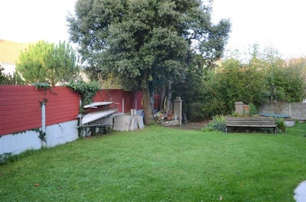 jardin-villa-saint-marc-sur-mer.jpg
