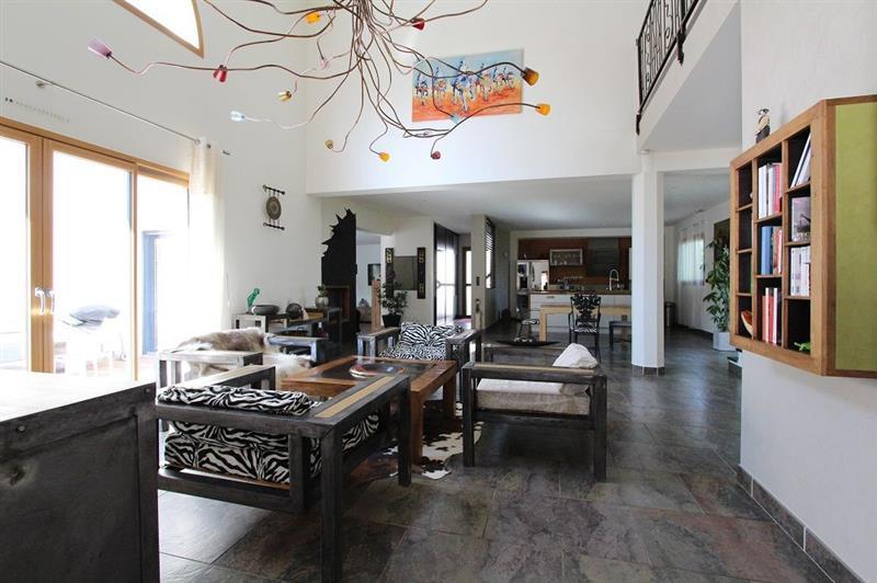Vente maison vertou magnifique propri t de 375 m for Garage nantes sud